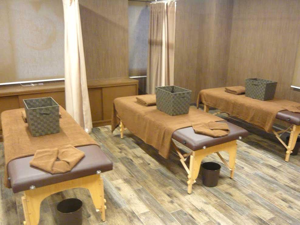 キュアリラ接骨院の施術室